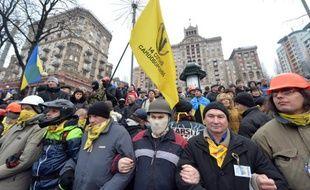 Des manifestants pro-Européens à Kiev (Ukraine), le 18 janvier 2014.