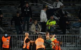 La fin de match entre Angers et l'OM a dégénéré mercredi soir.
