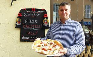 La pizza a été créée dans le bar où Balotelli a paraphé son contrat.