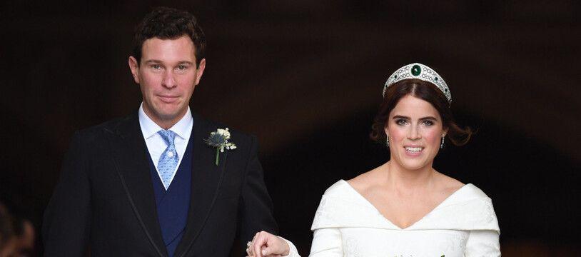 La princesse Eugenie au bras de son mari Jack Brooksbank le jour de leur mariage