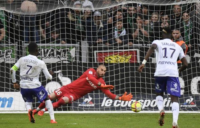 ASSE-TFC: Et encore un penalty raté! Max-Alain Gradel, le coup de la panne