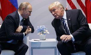 Donald Trump et Vladimir Poutine se sont rencontrés, le 7 juillet 2017, en marge du G20 à Hambourg (Allemagne).