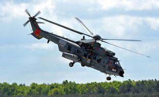 Un hélicoptère Caracal d'Airbus, à la base de Powidz (Pologne), le 14 mai 2015.