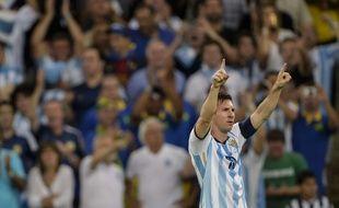Lionel Messi acclamé par le public argentin, le 14 juin 2014 au Brésil.