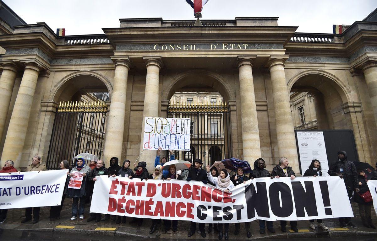 Manifestation d'opposants à l'état d'urgence et au projet de déchéance de nationalité le 30 janvier à Paris. – ALAIN JOCARD / AFP