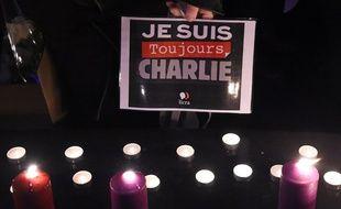 Pancarte le 7 janvier 2017 à Paris, en hommage à Charlie Hebdo.