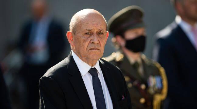 Sous-marins : Jean-Yves Le Drian évoque un « mensonge » et une « crise grave »