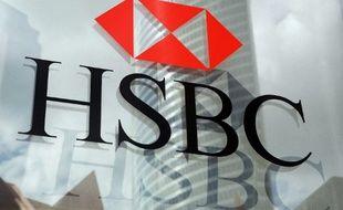 Le géant bancaire HSBC veut supprimer 35.000 emplois après la chute de ses bénéfices en 2019.