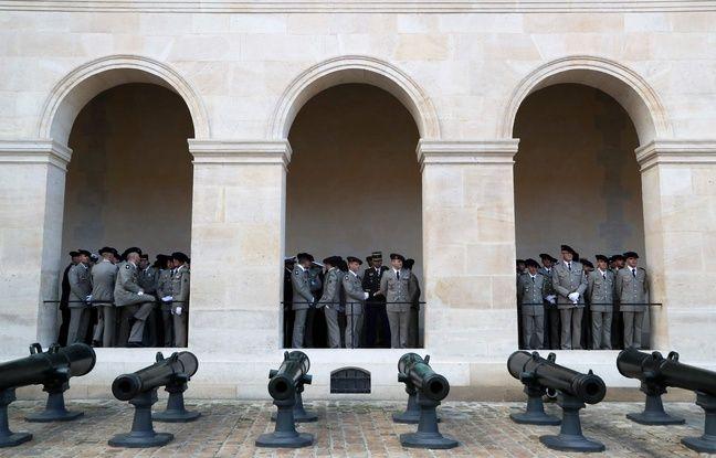 Lors de ses plus grandes funérailles militaires depuis des décennies, la France rend hommage à 13 soldats tués lorsque leurs hélicoptères sont entrés en collision au Mali alors qu'ils participaient à une mission de lutte contre les extrémistes affiliés au groupe État islamique.