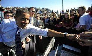 Selon NBC news, M. Obama est en tête dans suffisamment d'Etats pour emporter les 270 des 538 grands électeurs du Collège électoral qui lui garantissent l'accès au bureau Ovale.
