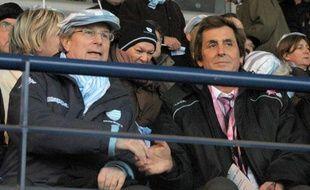 Jjacky Lorenzetti (à gauche, le président du Racing), et Max Guazzini, alors patron du Stade Français, en décembre 2010, à Paris.