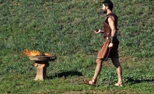 Avec 12.000 participants, trois fois plus qu'en 2009, le 28e Marathon d'Athènes dimanche coïncidera avec le 2.500e anniversaire de la bataille antique qui a vu la victoire de la démocratie athénienne sur les Perses, et se veut cette année aussi sportif que culturel.