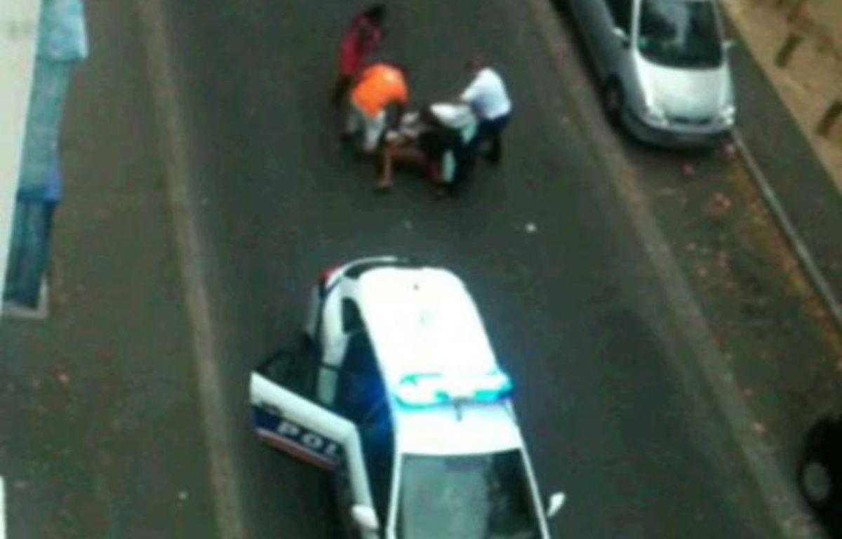 Capture d'écran de la vidéo «Honte à la police française» – DR